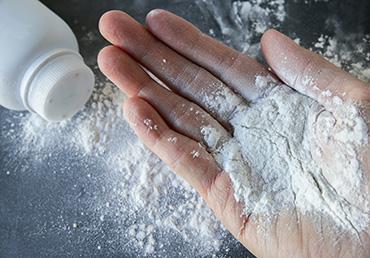 Johnson & Johnson baby powder knew of asbestos contamination